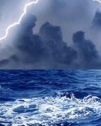 lightning-wallpaper-9825151(1).jpg