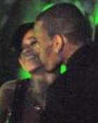 RIHANNA AND CHRIS BROWN KISSING