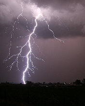 Free Lightning Crashes.jpg phone wallpaper by chelcee7