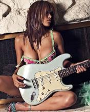 Free guitar.jpg phone wallpaper by teammojo
