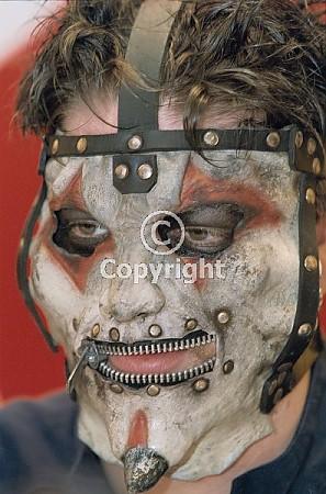 Free slipknot-at-virgin-megastore-in-glasgow-scotland-britain-14-feb-2002_501563.jpg phone wallpaper by slipknotfreak12