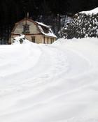 winter_house_s.jpg