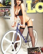 hot fixed gear chick