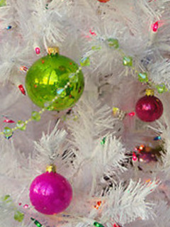 Free 2103227-2-white-christmas-tree-with-ornaments-and-lights.jpg phone wallpaper by saraness123
