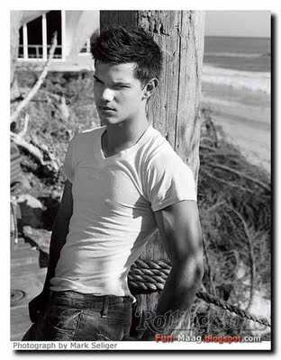 Free Taylor-Lautner-Rolling-Stone- phone wallpaper by tayfan01