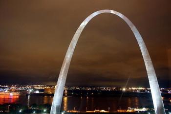 Free -St-Louis-Gateway-Arch-.jpg phone wallpaper by bretaylor