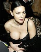 monica-bellucci-cleavage.jpg