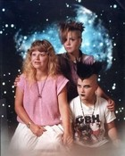 funny-punk-family-photo.jpg wallpaper 1