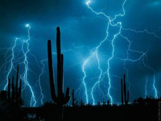 Free lightning.jpg phone wallpaper by shreecole