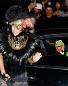 Lady gaga and kermit :D