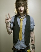 NEVERSHOUTNEVER>Chris