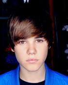 justin bieber hot! love his eyes!