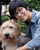 park dong joo and doggy.jpg