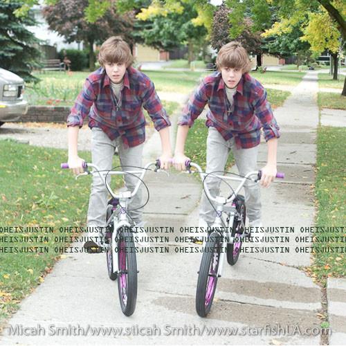 Free Justin-bieber-fever-E3-83-84-E2-99-A5-10938352-500-500.jpg phone wallpaper by strawberrylove911