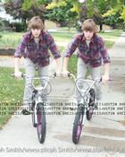 Justin-bieber-fever-E3-83-84-E2-99-A5-10938352-500-500.jpg