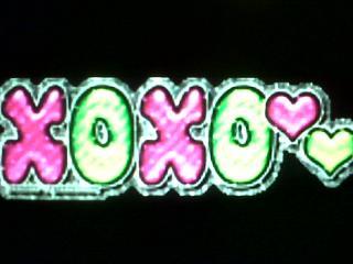 Free XOXOXO phone wallpaper by ihaventaclue