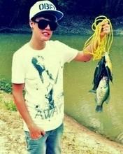 Free Justin-Bieber-Fishing.jpg phone wallpaper by mackenzierogan