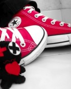 Converse && Doll wallpaper 1