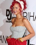 rihanna-red-hair.jpg