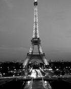 Eiffel_Tower_by_night.jpg