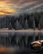 Beautiful Winter Lake HD