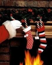 Free Christmas Stockings phone wallpaper by missjas
