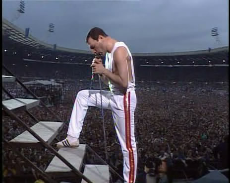 Free queen-live-at-wembley-86-3.jpg phone wallpaper by missalioop