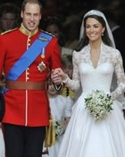 93502-britains-prince-william-l-and-catherine-duchess-of-cambridge.jpg