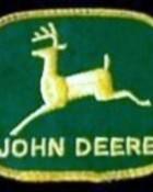 lens15198241_1289271081john-deere-patch.jpg