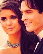 Elena an Damon.jpg