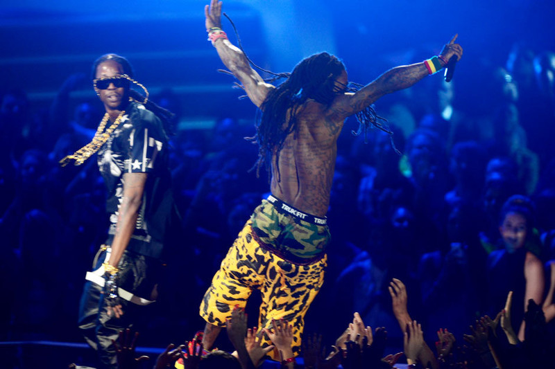 Free lil_wayne_2_chainz_getty151389106.jpg phone wallpaper by IMJ99