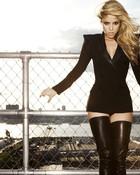 Shakira In Black