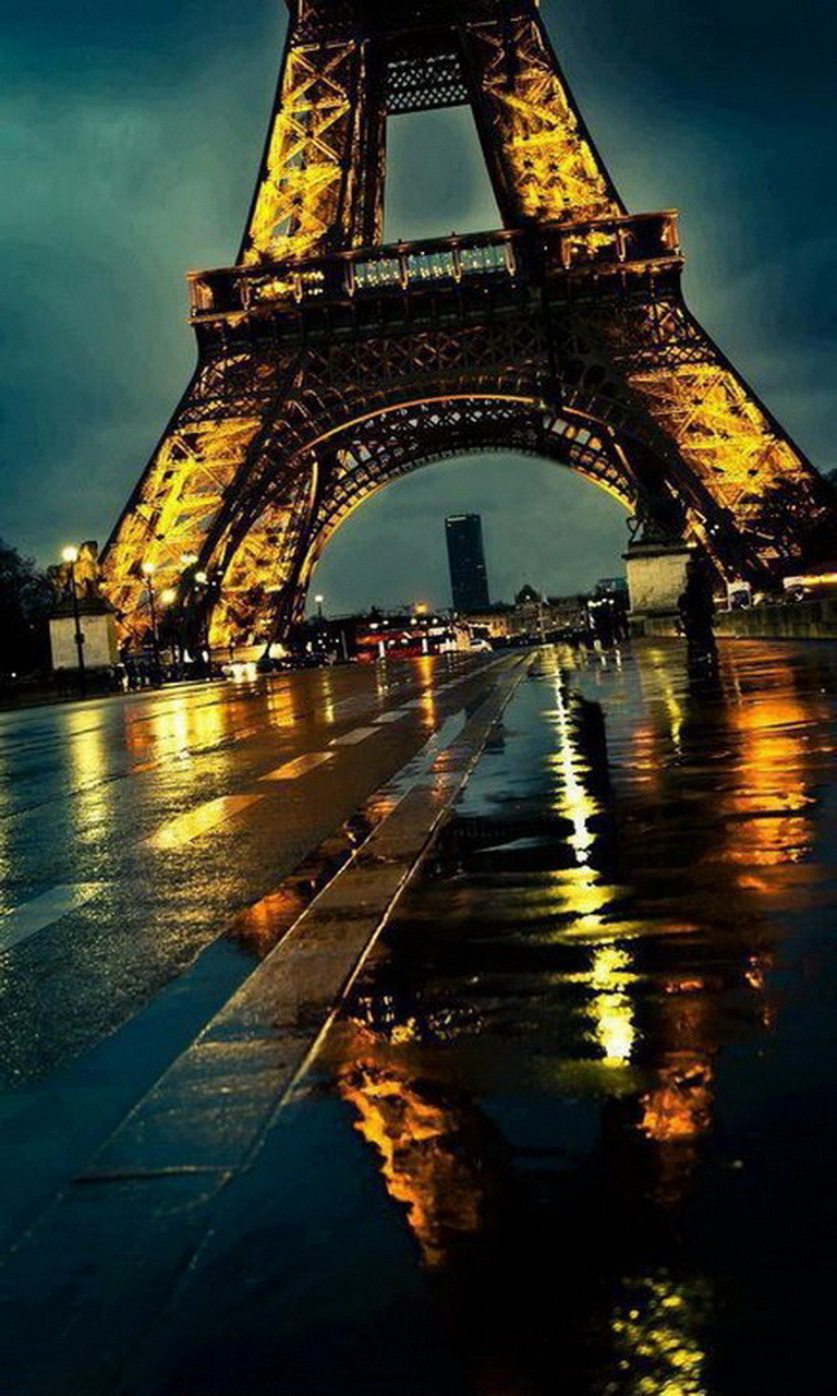 Free Eiffel Tower Roadway.jpg phone wallpaper by twifranny