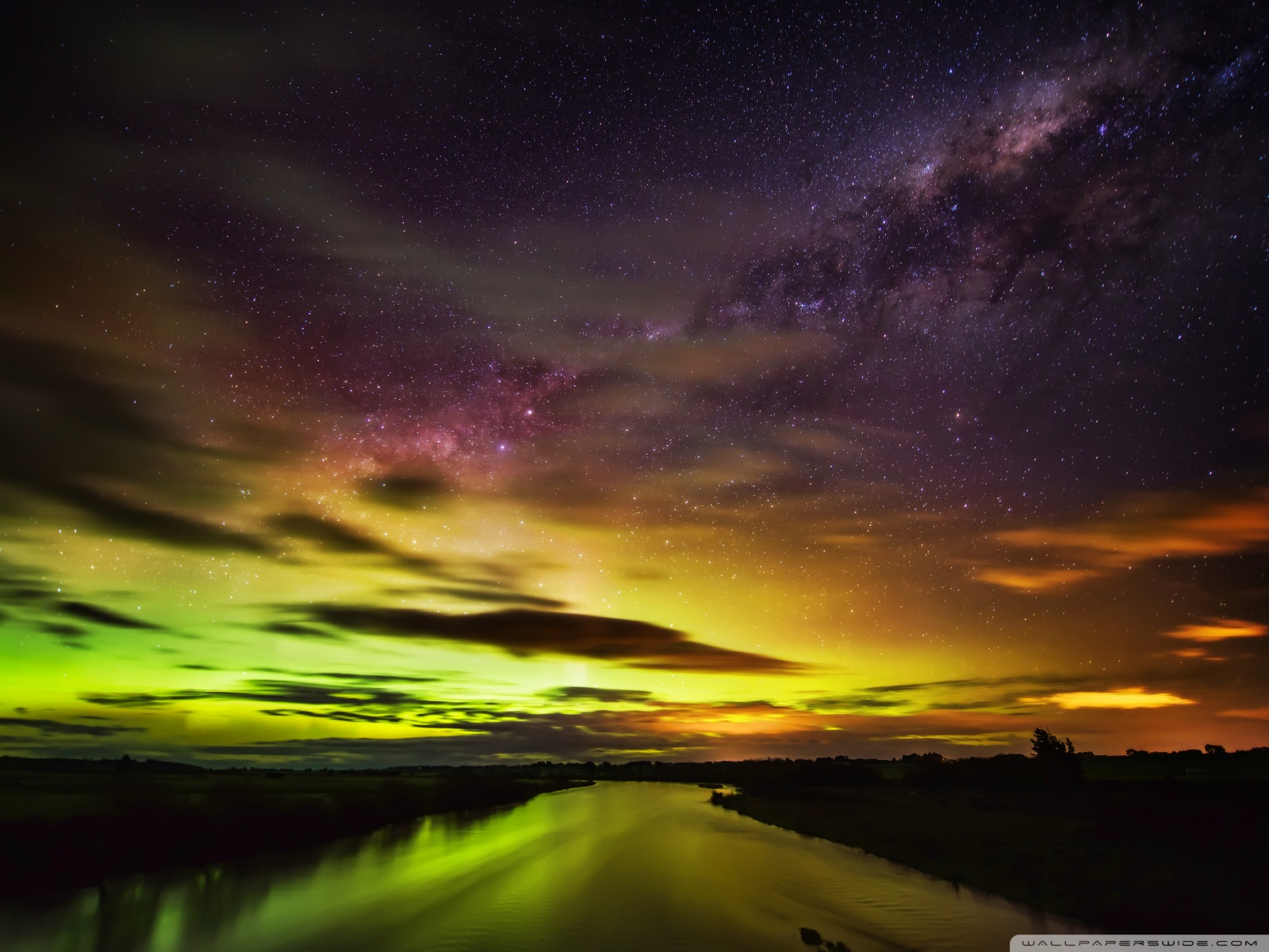 Free The Southern Lights in New Zealand phone wallpaper by tpowell423