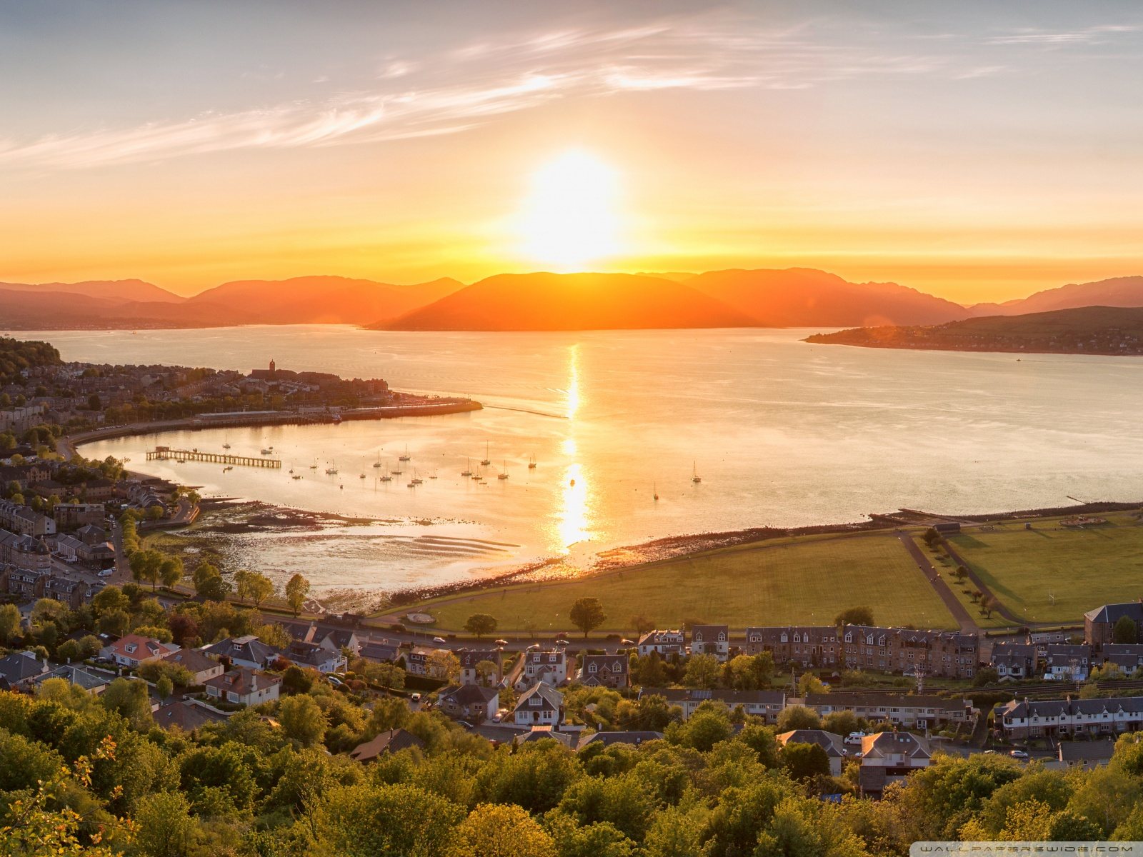 Free Sunset on Gourock town, Scotland phone wallpaper by ashleykrueger