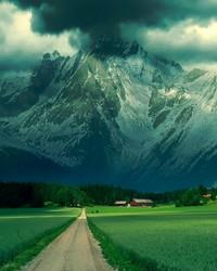 MOUNTAINS.jpg wallpaper 1