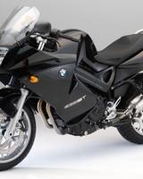 Black BMW F800ST wallpaper 1