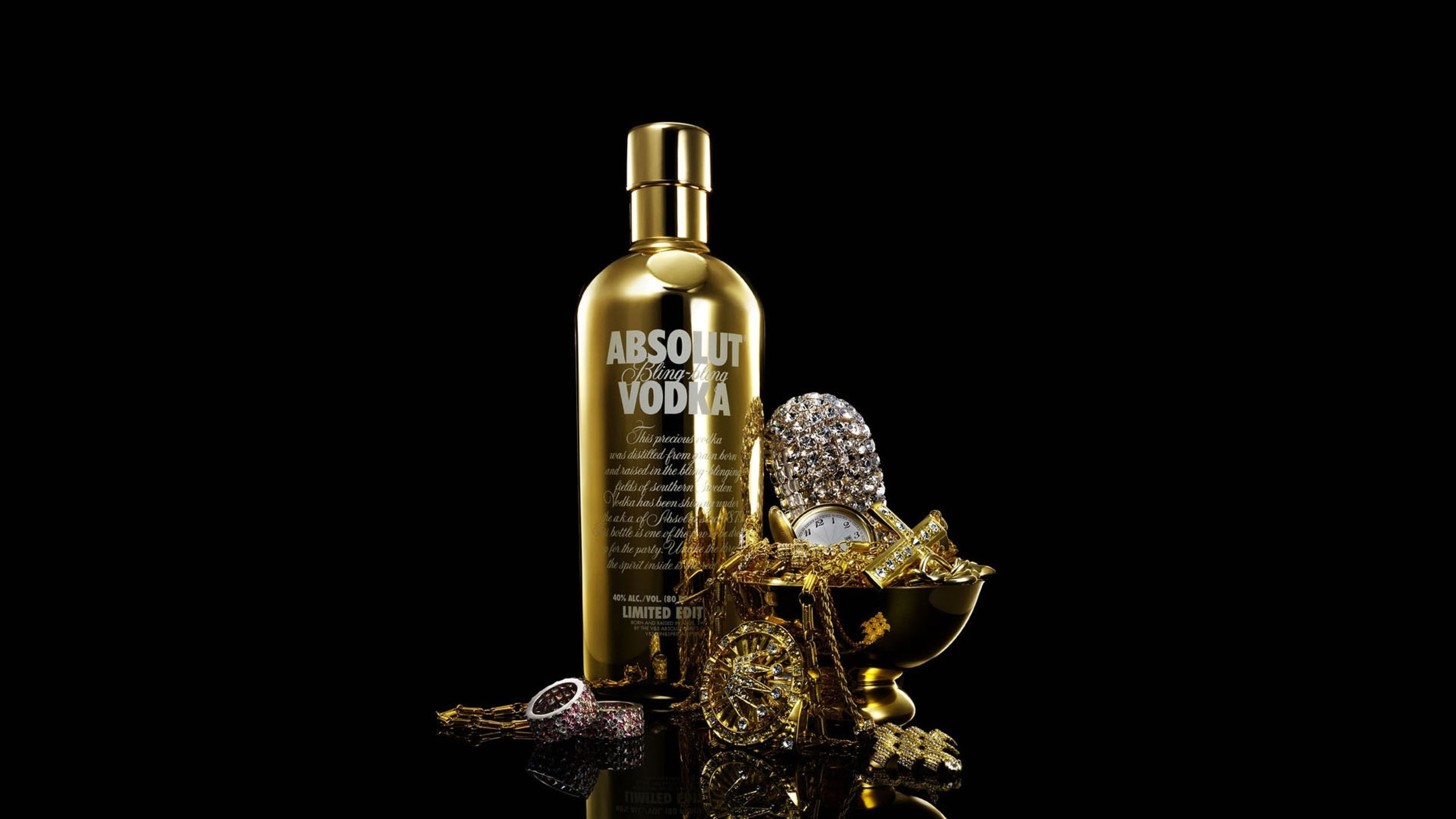 Free absolute_vodka_bottle_gold_drink_16517_3840x2160.jpg phone wallpaper by witch24
