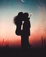 Couple Kiss wallpaper 1