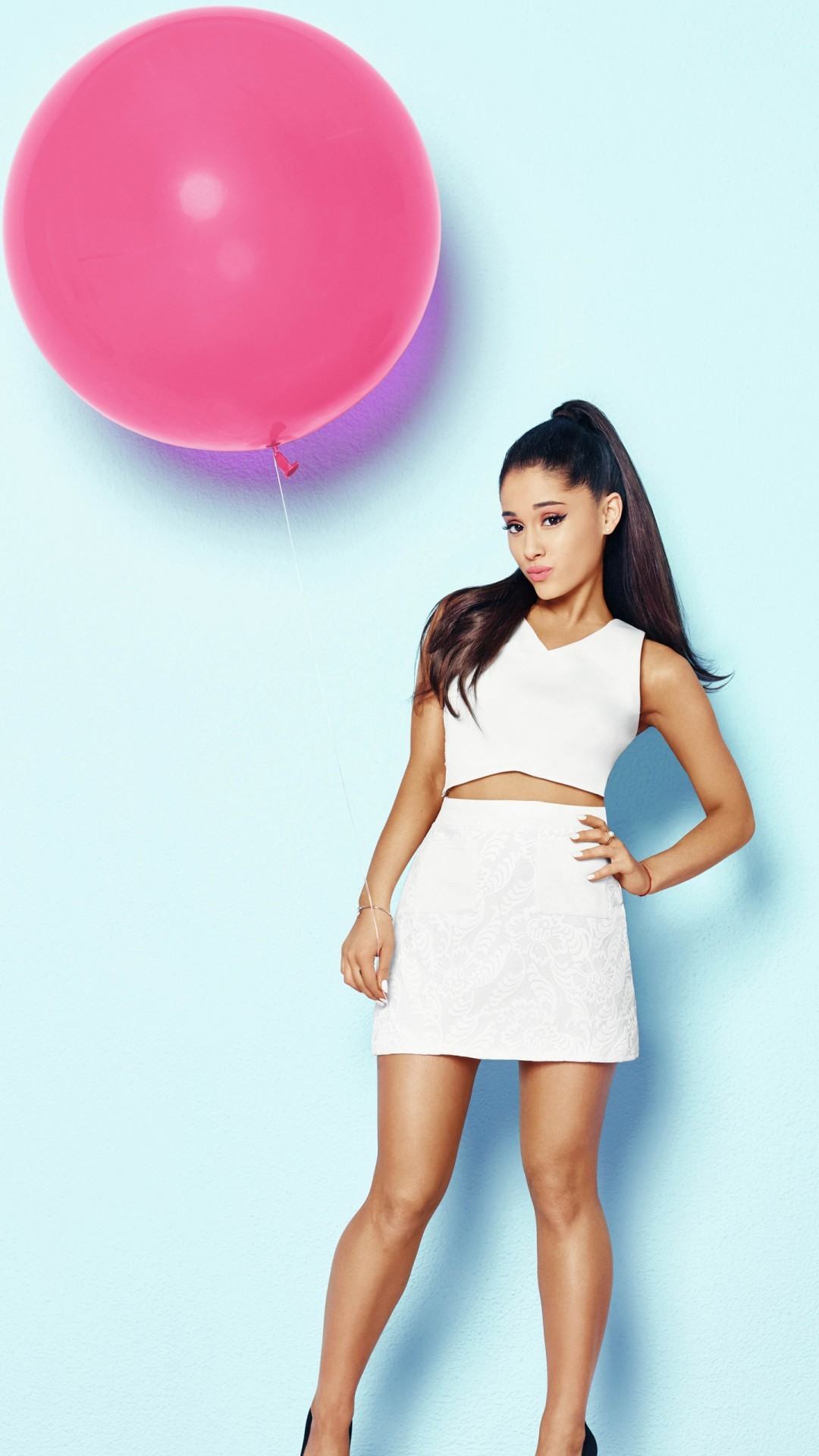 Free Ariana Grande for Cosmopolitan phone wallpaper by mnw71680