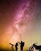 Starry Sky & Romantic Couple