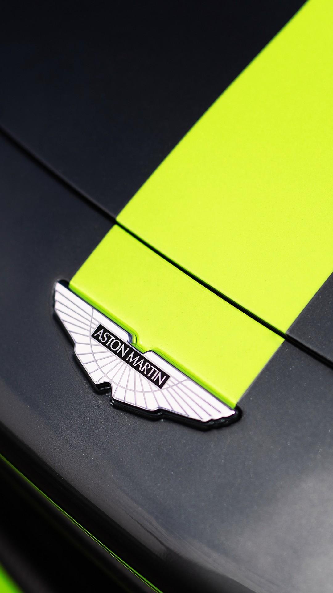 Free Aston Martin Vantage GT3 phone wallpaper by flakitarubia27