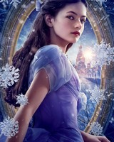 Mackenzie Foy as Clara in The Nutcracker and the Four Realms