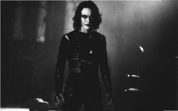 Free Brandon Lee - Gothic The Crow.jpg phone wallpaper by cacique