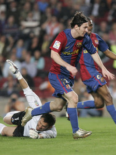 Free messi in action.jpg phone wallpaper by cally