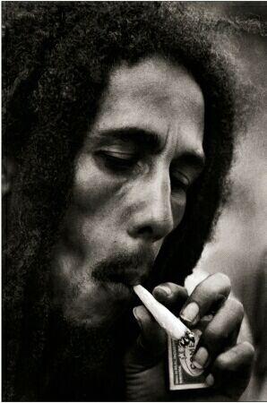 Free Bob Marley smoking weed.jpg phone wallpaper by cacique
